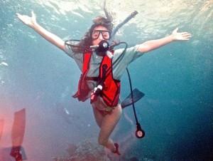 Suzi scuba diving