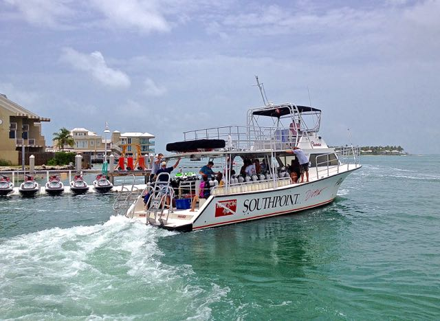 south point divers heading for key west dive