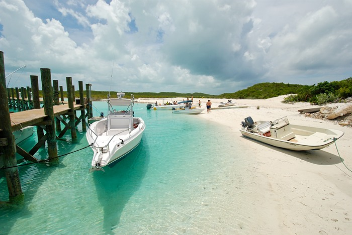 Arriving to Compass Cay Marina